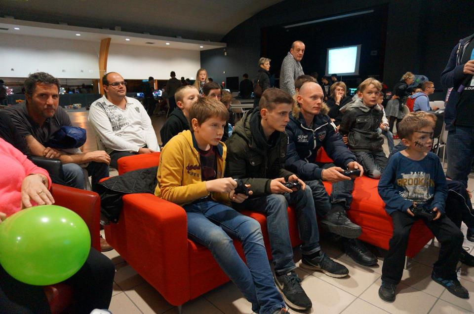 Festi'jeux : le jeu-vidéo rassemble pendant la fête du jeu !